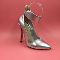 76.00$  Watch now - http://ali73z.worldwells.pw/go.php?t=32740229147 - Silver Patent Leather Pumps Women Shoes Ankle Straps Pointed Toe Women Heels Size 12 Designer Shoes Women Luxury 2016