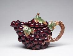 Purple Grapes Shape with Leaves and Vine Handle Teapot Collectible >>> Be sure to check out this awesome product. China Teapot, Glass Teapot, Coffee Server, Teapots Unique, China Tea Sets, Tea Pot Set, Ceramic Teapots, Ceramic Art, Teapots And Cups