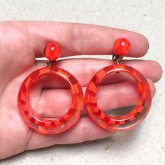 https://www.etsy.com/listing/247386241/vintage-orange-striped-lucite-hoop?utm_source=Pinterest