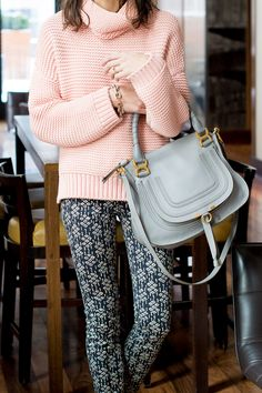 printed pilcro jeans and an oversize sweater #prettyinpilcro #anthropologie | thefoxandshe.com @anthropologie