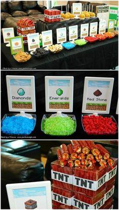 Mesa de guloseimas com elementos do Minecraft