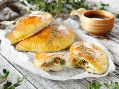 Tips til nistemat Norwegian Food, Food Articles, Lunches And Dinners, Fresh Rolls, Bagel, Tea Time, Bread, Fish, Cooking