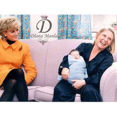 """""""قابلت ديانا أميرة ويلز الطفل الحديث الولادة باتريك كلقستون ووالدته شيرلي في مستشفى النساء في ليفربول #معلومات_ديانا Diana Princess of Wales meets newborn baby Patrick Clugston and his mother Shirley Clugston at the Liverpool Women's hospital. #diana_facts"""" Photo taken by @diana_mania on Instagram, pinned via the InstaPin iOS App! http://www.instapinapp.com (03/16/2015)"""