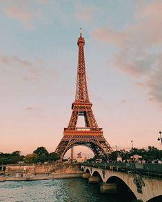 If reposted credit me or dm for photo credit! Places To Travel, Places To See, Torre Eiffel Paris, Paris Wallpaper, Belle Villa, Dream City, Travel Aesthetic, Paris Travel, Belle Photo