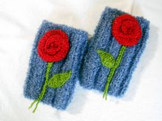 Women Crochet Gloves, Hand Knitted Gloves, Women Knit Gloves, Knit Women Gloves, Gray Women Glove, Knitted Hand Warmer, Knitted Wrist Heater    100% 1st class. Quality Gray, ropes were used. These fingerless. Soft, comfortable glove. Elegant was built. embroidered flowers. Ideal for keeping warm in winter. Relatives brother, my friend. gift may be an alternative.  For best results, wash your hands cool and dry flat. Dry or iron, no bleach tumble.  Deliveries will then be sent out within 1-3…