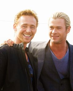 Tom Hiddleston with chris hemsworth | Tom Hiddleston and Chris HemsworthpremiumM.tumblr.com : tweet or like.