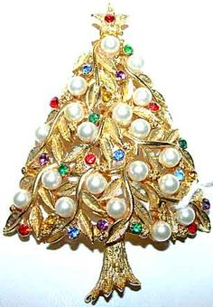 Signed Vintage Christmas Jewelry - Past and Present Jewelry