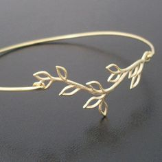 Olive Branch Bracelet Olive Branch Jewelry Gold door FrostedWillow