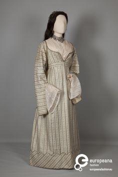 Wedding dress, c. 1830, Athens, Greece.  Peloponnesia Folklore Foundation.