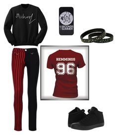 """""""Untitled #9"""" by ameliageek ❤ liked on Polyvore featuring moda ve Converse"""