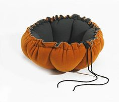Bowzer Cat Bed Sienna Buttercup