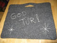 toving sitteunderlag - Google-søk Needle Felting, Kids Rugs, Knitting, Crochet, Tips, Inspiration, Decor, Crochet Hooks, Biblical Inspiration