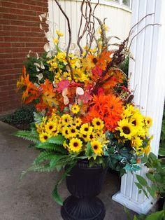 75eece3deb7e65e61553223d33285bb4--fall-planters-container-garden.jpg (300×400)