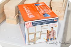 How to build a mobile miter saw stand using the Simpson Strong-Tie Workbench Hardware Kit and construction lumber. Simple Workbench Plans, Garage Workbench Plans, Building A Workbench, Diy Workbench, Old Wood Projects, Cool Woodworking Projects, Woodworking Workshop, Diy Pallet Projects, Fun Projects