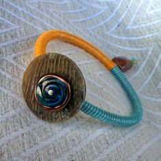 """Summer 2013 Casual collection """"Mother of pearl"""" orange - turquoise bracelet"""