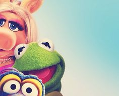The Muppets' selfy: Peggy, Kermit and Gonzo Little Miss Piggy, Kermit And Miss Piggy, Kermit The Frog, Jim Henson, Elmo, Selfies, Fraggle Rock, The Muppet Show, Cartoon Background