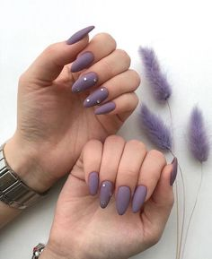 15 Almond nail designs that will become your obsession - Care - Skin care , beauty ideas and skin care tips Glitter Nail Polish, Cute Acrylic Nails, Cute Nails, Pretty Nails, Nail Nail, Sharp Nails, Nailart, Almond Nails Designs, Beautiful Nail Designs