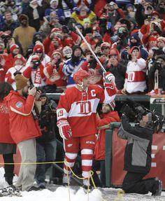NHL Winter Classic 2014 Detroit Red Wings forward Steve Yzerman