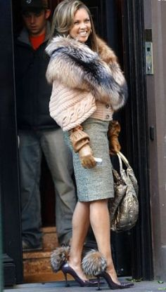TV show fashion history - Ugly Betty - Vanessa Williams.jpg