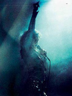Heidi Klum Sings and Pole-Dances For Hunger Magazine