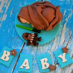 Hey, I found this really awesome Etsy listing at https://www.etsy.com/listing/262113879/star-wars-baby-cake-topper