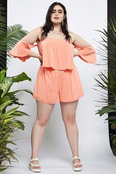 24 Inexpensive Rompers You'll Want To Wear All Summer Curvy Outfits, Plus Size Outfits, Trendy Outfits, Curvy Women Fashion, Plus Size Fashion, Girl Fashion, Top Clothing Brands, Travel Clothing, Trendy Clothing