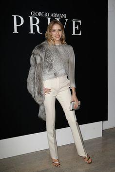 United Womens Real Fox Fur Slides High Quality Spring Summer Fluffy Fur Slipper Lady /women Real Fur Slipper Outdoor Apparel Accessories