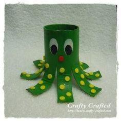cute toilet paper tube crafts... for those days when everyone needs to take a break and craft :)