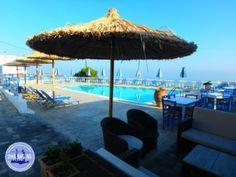 Rondreis Kreta Griekenland 00-zorbas-appartmenten-verhuur-en-vakanties--griekenland Patio, Outdoor Decor, September, Crete Holiday, Round Trip, Island, Terrace