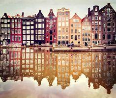 Amsterdam - para perderse en sus callecitas. #Viajes #Viajar #Destinos