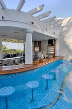 60 Summer Pool Bar Ideas to Impress Your Guests. - Home Garden Magz - - 60 Summer Pool Bar Ideas to Impress Your Guests. - Home Garden Magz Dream Home Design, My Dream Home, House Design, Pool Bar, Pool With Bar, Pool Lounge, Dream Mansion, Swim Up Bar, Luxury Homes Dream Houses