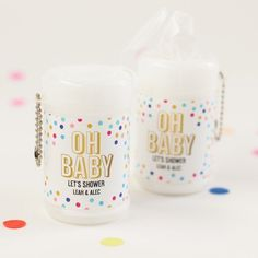 No need to worry about drips, drops, and spills. These miniature wet wipes are the perfect way to keep your shower running smoothly. Baby Sprinkle Favors, Baby Sprinkle Decorations, Unique Baby Shower Favors, Baby Shower Gifts, Honey Jar Favors, Baby Shower Diapers, Wet Wipe, Diaper Cakes, Personalized Baby