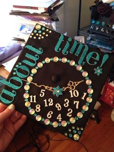 Clock Themed Graduation Cap. Design your graduation cap in this stunning clock style with a circle of beadings and sequins. Add foam board characters and numbers for garnishment. http://hative.com/graduation-cap-ideas/