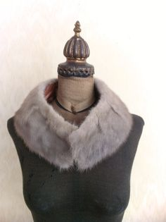 Silver Mink Collar. might make my self one but with faux fur lol