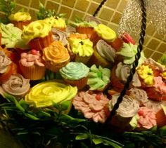 My homemade cupcakes in basket❤️