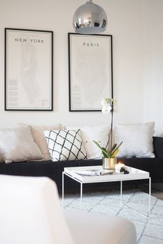 Wishing for a nice living room scandinavian style, and it might be come true by these modern scandinavian living room designs. Scandinavian Decor on a Budget Scandinavian Design Living Room, Minimalist Living Room, Living Room Scandinavian, Living Room Inspiration, Cheap Home Decor, Interior, Living Room Remodel, Living Room Grey, Room Interior