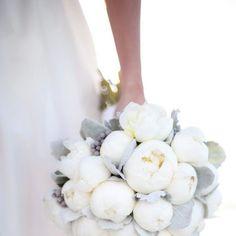Wunderschöner Brautstrauß für eure Winterhochzeit