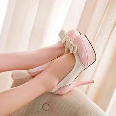 Adorable Pink Bow Design High Heel Shoes