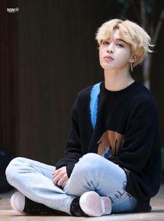 When confused and innocent Jungkook meets upset and shy Jimin for the second time. [ Social Media AU ] [ Jungkook Idol - Jimin Model ] ~ This is the sequel to. Jimin Jungkook, Taehyung, Bts Bangtan Boy, Jimin Hot, Park Ji Min, Busan, Foto Bts, Bts Photo, Yoonmin