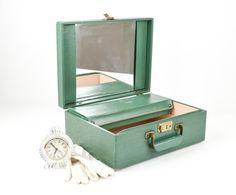 Vintage Emerald Green Train Case / Makeup Case / by tawneyvintage, $42.00