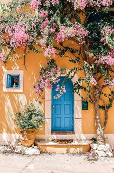 20 best greek islands to visit 20 best greek islands . - 20 best Greek islands to visit 20 best Greek islands … - Photo Wall Collage, Picture Wall, Art Photography, Travel Photography, Photography Flowers, Photography Aesthetic, Photography Training, Spring Photography, Vintage Photography