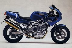 Yamaha TRX850 in a lovely blue and gold paintjob.