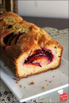 Tereyağlı & Erikli Kek