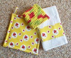 Kitchen Set, Pot Holder, Crochet Cotton Dish Cloth, Dish Towel by Bonbonsandmore #yellowandred #mushrooms