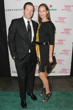 Christy Turlington Photos Photos - Actor Edward Burns and model Christy Turlington attend Heineken's Nice Guy Johnny premiere after-party at City Hall Restaurant on April 23, 2010 in New York City. - Heineken's Nice Guy Johnny Premiere After-Party
