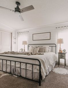 Modern Farmhouse Bedroom, Bedroom Rustic, Rustic Farmhouse, Farmhouse Style, Mobile Home Renovations, White Shiplap Wall, Master Room, Home Bedroom, Bedroom Ideas