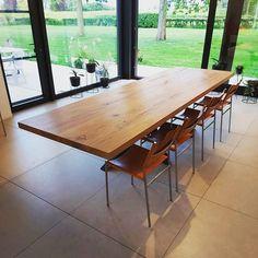 Henry's House (@henryshousemortsel) • Instagram-foto's en -video's Conference Room, Dining Table, House, Furniture, Instagram, Home Decor, Decoration Home, Home, Room Decor