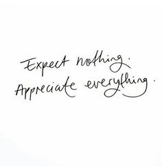 100 Inspirational and Motivational Quotes of All Time! - Quote Positivity - Positive quote - 100 Inspirational and Motivational Quotes of All Time! The post 100 Inspirational and Motivational Quotes of All Time! Cute Quotes, Happy Quotes, Words Quotes, Funny Quotes, Quotes For Smile, Thankful Quotes Life, Unique Quotes, Gratitude Quotes, Happiness Quotes