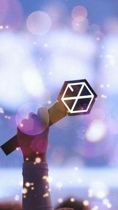 Exo-L mana suaranya Kpop Exo, Lightstick Exo, Kyungsoo, L Wallpaper, Exo Music, Exo Album, Exo Official, Exo Lockscreen, Z Cam