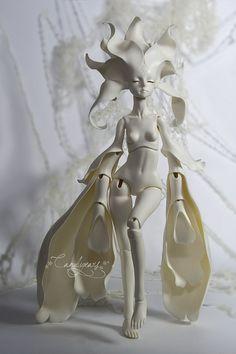Art dolls by Redd Walitzki aka candygears Pretty Dolls, Beautiful Dolls, Fantasy Character, Character Art, Sculpture Art, Sculptures, Anime Dolls, Doll Repaint, Fairy Art